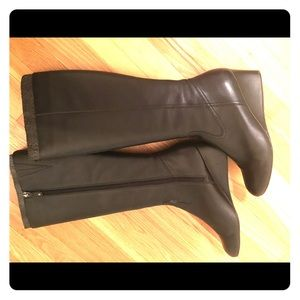 Rockport black leather boots