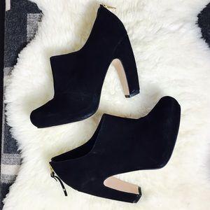 TOPSHOP Gorgeous Black Suede High Heel Booties