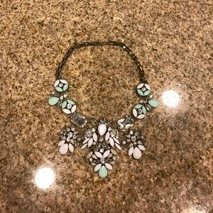 Jewelry - Beautiful jeweled necklace