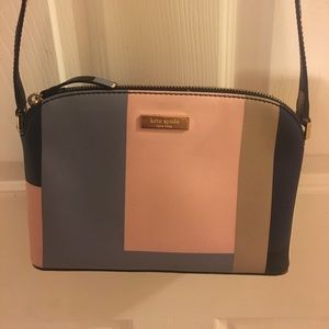 A kate spade purse!!!!! Still in great condition.
