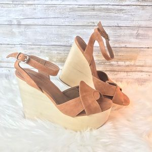 Jeffrey Campbell Size 9M Brown Wedge Sandals Shoes