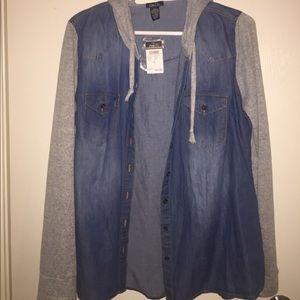 "Brand new- Thin ""jean jacket"" look alike"