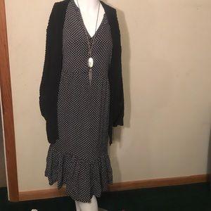 Black and white Old Navy midi dress