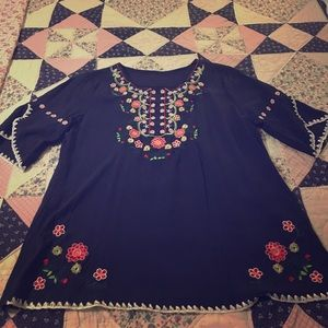 Tops - Navy blue embroidery shirt
