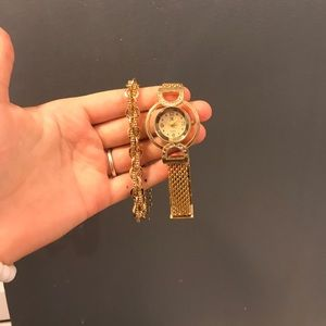 Accessories - Gold watch and bracelet set