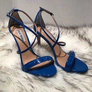 Steve Madden blue 6.5 heel cross cross ankle strap