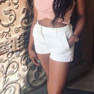 White h and m shorts