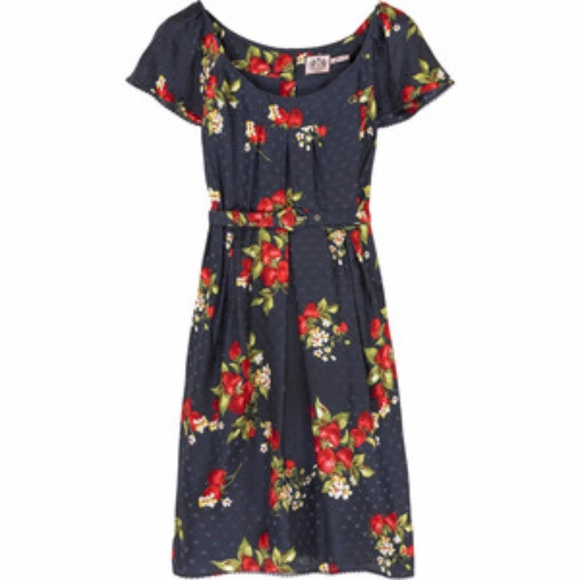 4bfbdbae26f1 Juicy Couture Dresses & Skirts - Juicy Couture strawberry print mini belted  dress