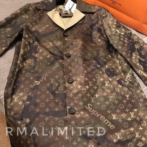 1cf5e155376 Rare Louis Vuitton Supreme Trench Coat size 50