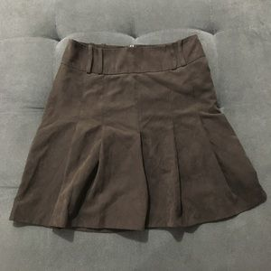 H&M brown pleated faux suede lined skirt