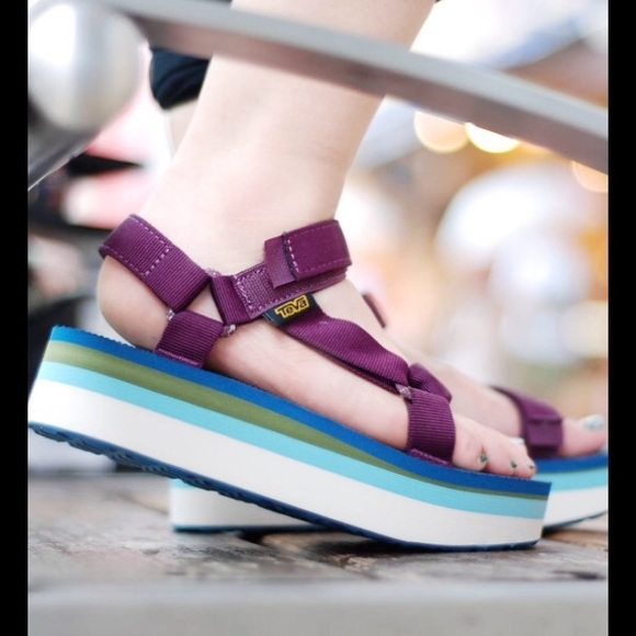 a634203a917 Never worn Teva for free people retro flatform. M 59c498d72ba50a593301a5fc