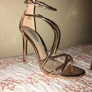 Steve Madden Satire Metallic heels