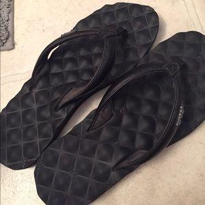 Flip flops (9-9.5)