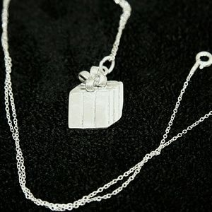 Sterling Silver Necklace Gift Box Pendant