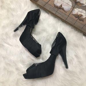 Paris Hilton Black Bow Heels Sz 11M