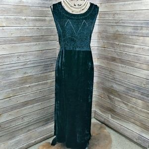 NWT Embellished Velvet Black Dress size 3X