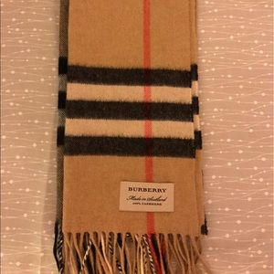 Burberry The Classic Check Cashmere Scarf Beige