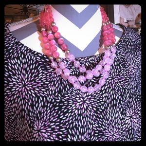 3X Dress Barn Pink/White on Black Top