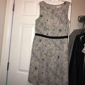 Women's Dress/Loft/Medium