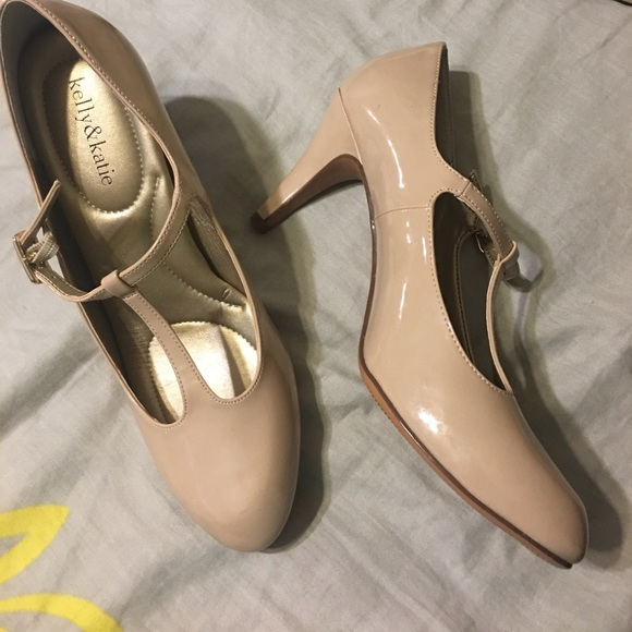 Kelly & Katie Shoes - New Kelly & Katie size 10