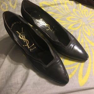 YSL París shoes size 9 but is more like..71/2 or 8