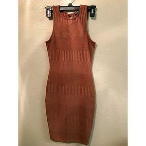 FASHION NOVA DRESS •SIZE SMALL • BROWN 🍁🍂