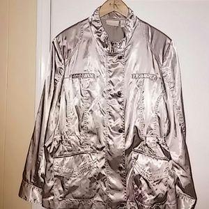 Chico's windbreaker jacket. Front pockets, zipper
