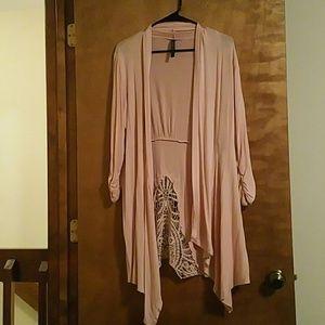 Beautiful 3/4 sleeve  cardigan