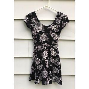 Black Floral Skater Dress ☠️ NWOT!!!