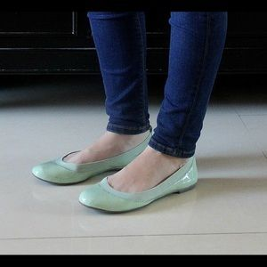 Banana Republic Shoes - Banana Republic Mint Green Ballet Flats size 7