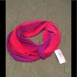 30% off Bundles Infinity Scarf Purple Red pink NWT