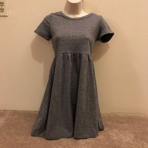 Spring cleaning ❤️ $15 Grey Dress