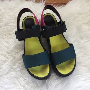 d9252d63459 Urban Outfitters Shoes - Urban Outfitters scuba sandals