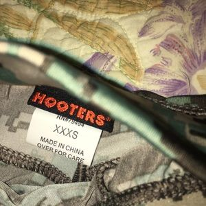 Hooters XXXS Camo Shorts