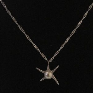 Jewelry - Sterling Silver Starfish Necklace (Price Firm)