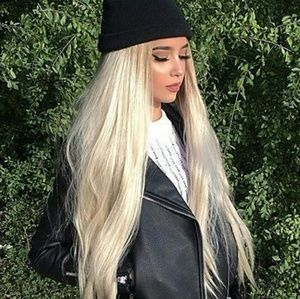 Blonde Beauty LaceFront Wig 24-26 inches!!
