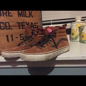 6097c61773 Leather Scotchgard Vans Poshmark Shoes 95 qwxCE6U