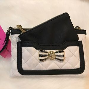 NWT Betsey Johnson pouch & wristlet combo clutch