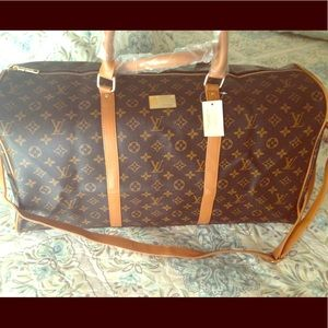 🌺🌺NWT Gorgeous Brown/Honey Travel Bag🌺🌺