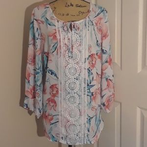 New Directions Floral Printed Top w/ Crochet