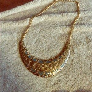 Beautiful boutique Necklace