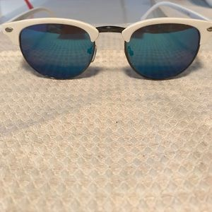 Cute Blue Reflective Lens Sunglasses