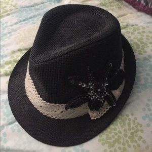 NWOT the hatter company black woven hat sequins