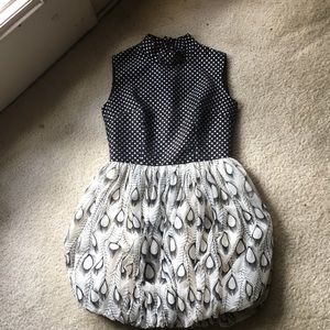 Dresses & Skirts - Cutie peacock pattern french dots dress 😝