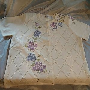 Alfred dunner button down shortsleeve sweater NWOT