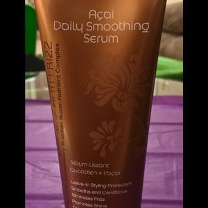 Açaí Daily Smoothing Serum Leave-in Protectant