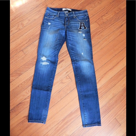 Abercrombie & Fitch Denim - Abercrombie & Fitch Distressed Skinny Jeans Sz 4