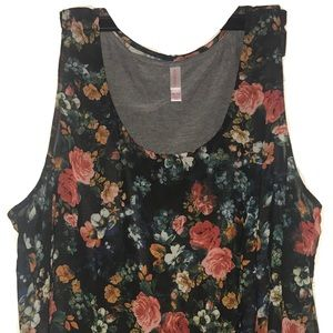 Floral Layered Tank!