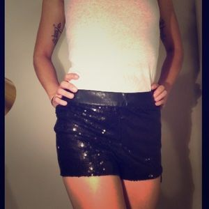 Black sequence shorts