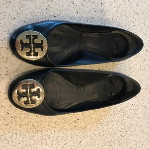 Tory Burch size 7 black and gold reva flats